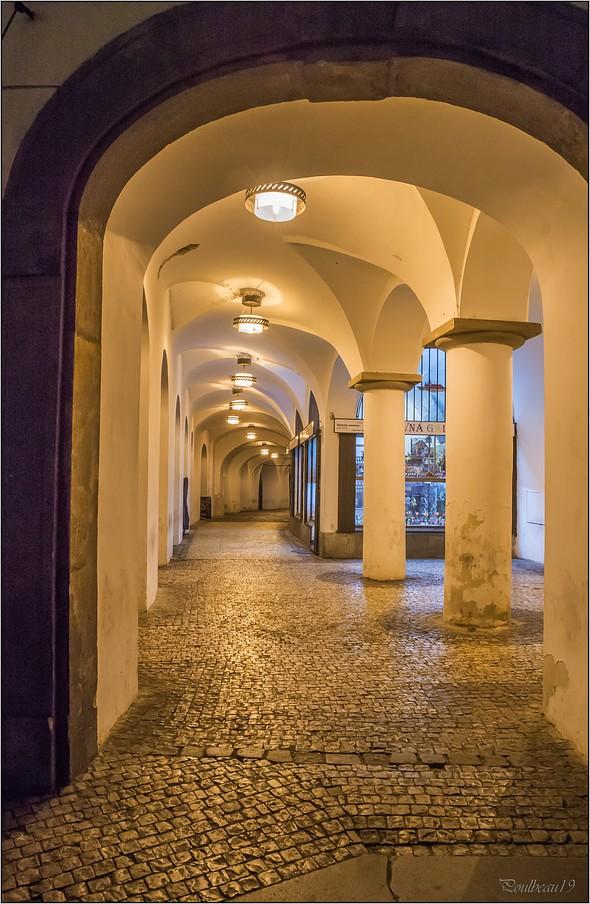 Pour PRAGUE ...suivez la flèche ... + la suite - Page 2 Pb_553-423ed6f
